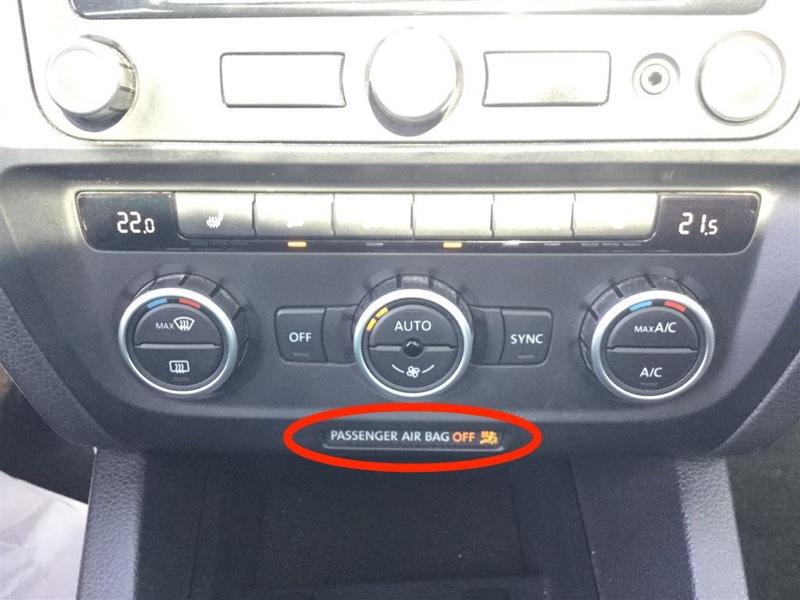 Volkswagen-Jetta-2013.jpg
