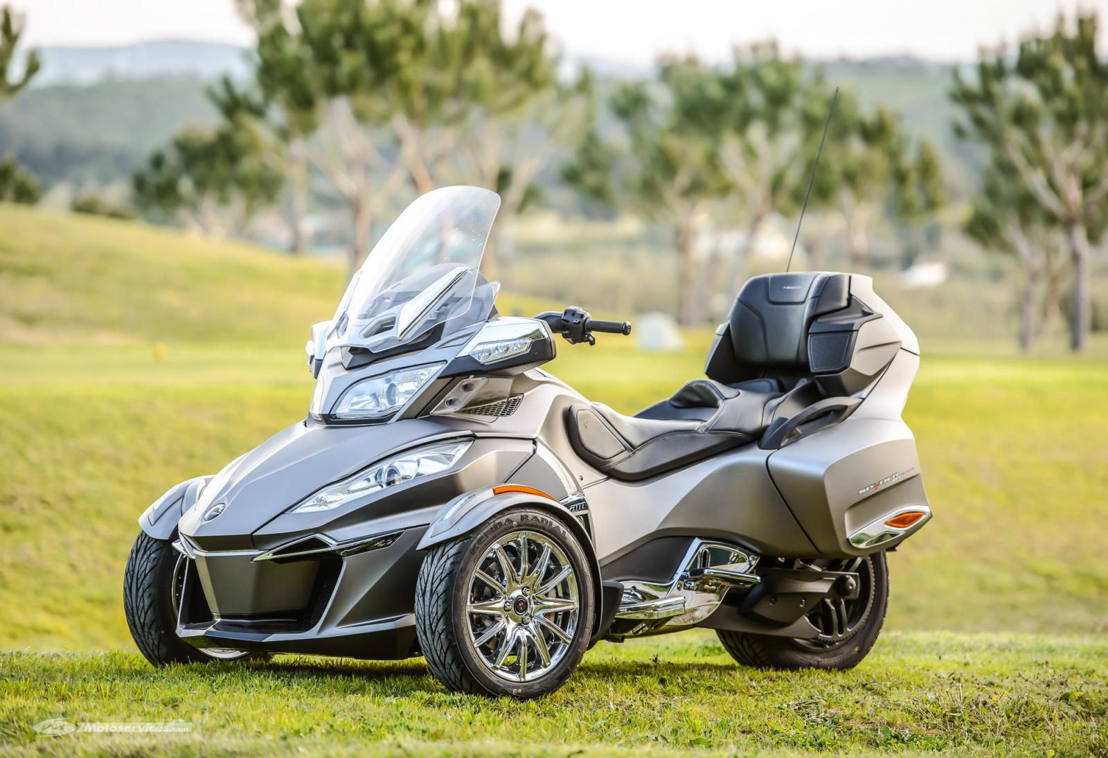 Can-Am-spyder-RT-limited-2014-6.jpg