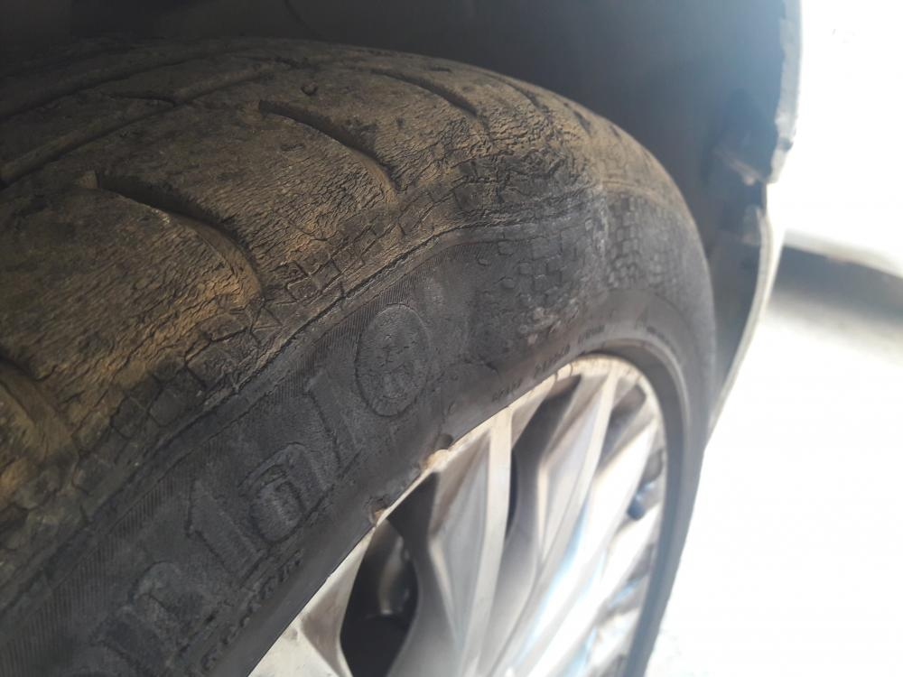 pneu craquelé (2).jpg