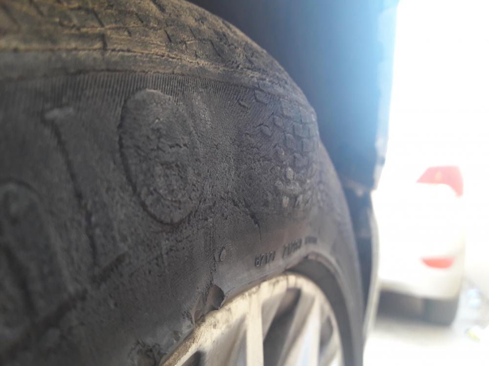 pneu craquelé (3).jpg